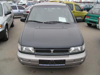 Hyundai Santamo 2 0 16V 102kW